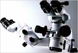 OPMI VISU 210/天吊り式(カールツァイス社製最新手術顕微鏡)